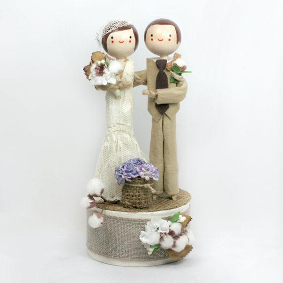 custom-wedding-cake-topper-8_grande