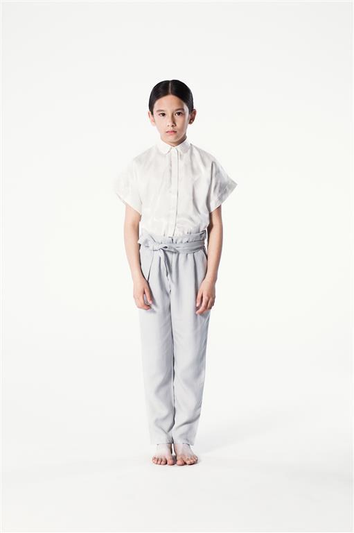 Aida Blouse & Tabhita Pants (Medium)